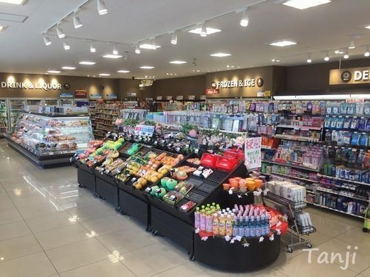 02 90 ファミリーマート+coop、宮城県・七ヶ宿町.jpg